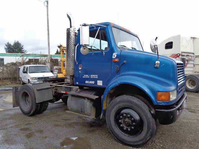 Single Truck Tractors : Intrnational single axle truck tractor