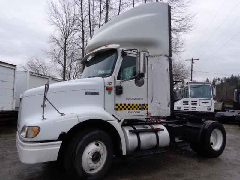 Single Axle Tractor Trucks : International single axle model truck tractor