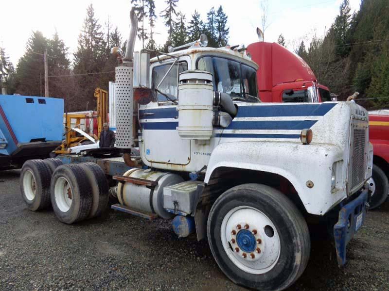 1979 Mack Tractor Truck : Mack dual drive truck tractor