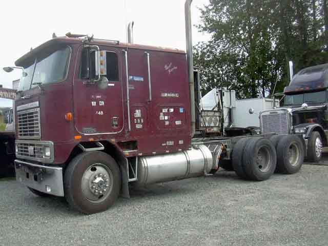 1983 International Cabover Truck Tractor