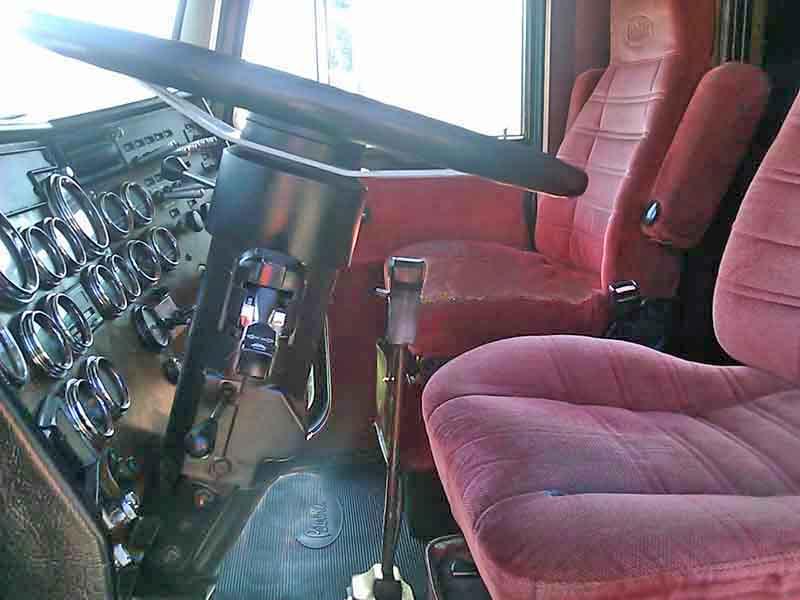 1993 Peterbilt Dual Drive Tractor